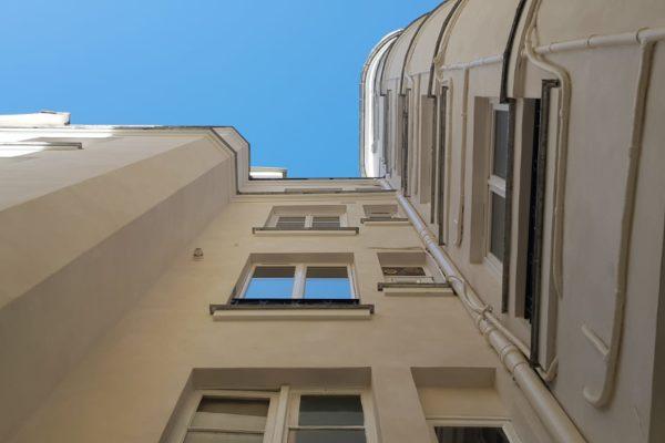 Ravalement d'un immeuble à Paris 9e